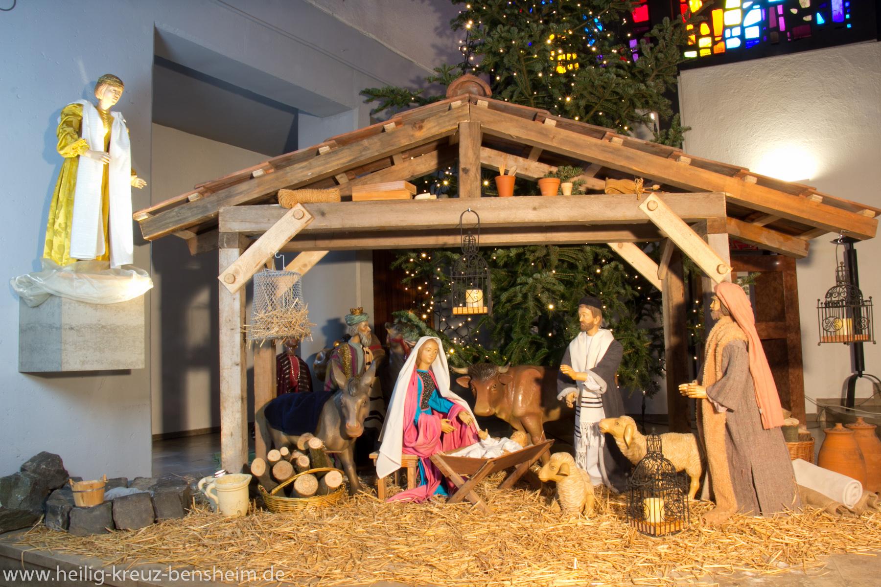 Bilder Krippe Weihnachten.Krippe Zu Weihnachten Pfarrgemeinde Heilig Kreuz